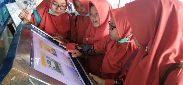 PAM Wates Rihlah Edukasi Mengunjungi Musium dan Taman Pintar